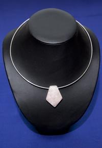 Girocollo Quarzo rosa penta - Toro