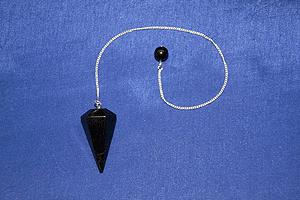 Pendolo in shungite