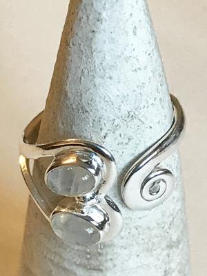 Anello con 2 pietre di luna in argento 925