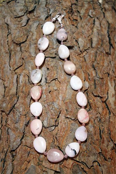 Collana Opale rosa chiusura argento 925