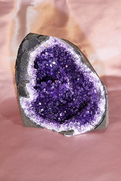 Geode di Ametista medio-piccolo